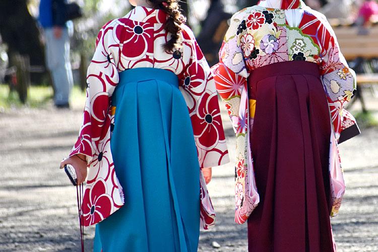 卒業袴写真のリップは口紅!おすすめの選び方や撮影のための塗り方を紹介6