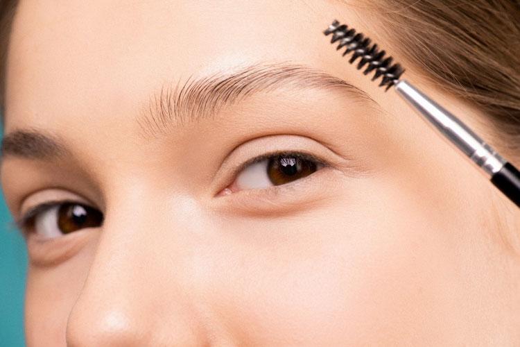 ママの七五三写真メイクは眉毛で印象が変わる!アイテム選びやメイクポイントを紹介2