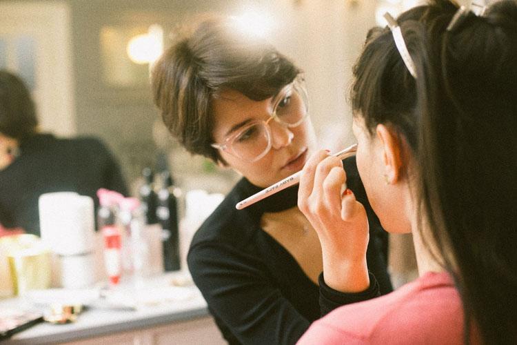 ママの七五三写真メイクは眉毛で印象が変わる!アイテム選びやメイクポイントを紹介4