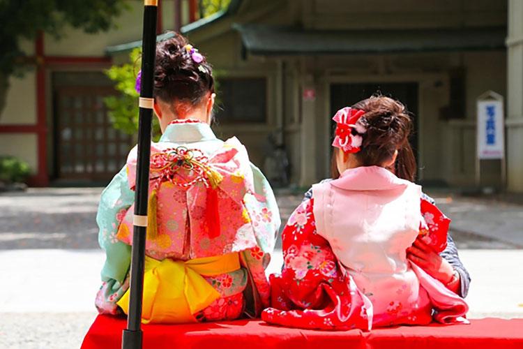 七五三写真で着る着物は年齢で違う?女の子が着るべき着物や用意方法は?2