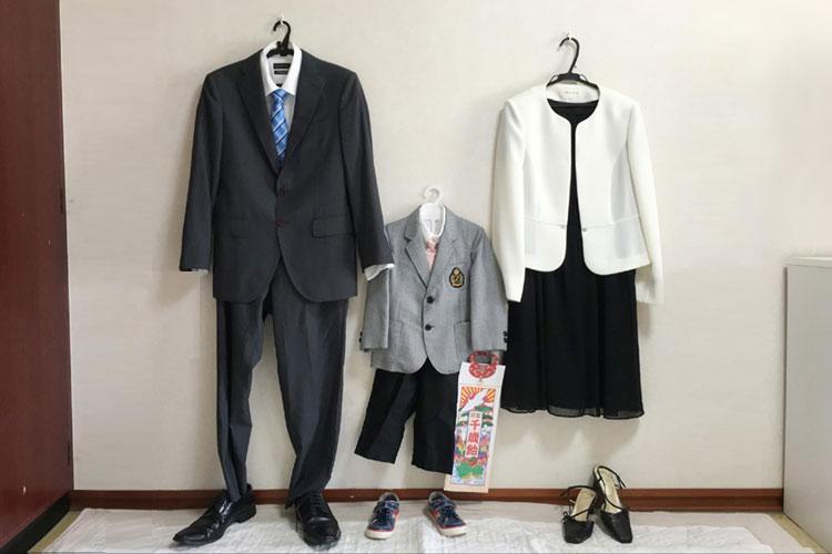 お母さんは七五三写真でワンピースもあり!服装の選び方や注意点を解説4