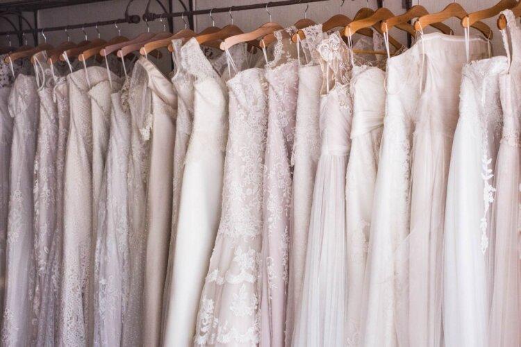 花嫁のフォトウェディング撮影の衣装をまるっと解説!花嫁のドレス・和装のお悩みを解決2