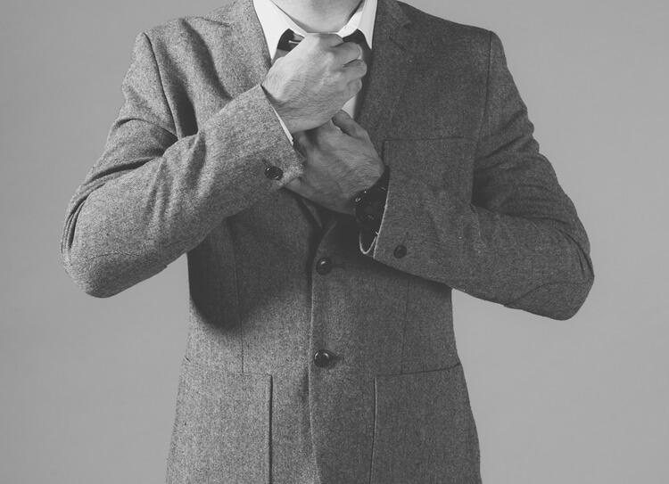 就活写真のネクタイは何色?おすすめの色・柄・結び方・注意点を解説!3
