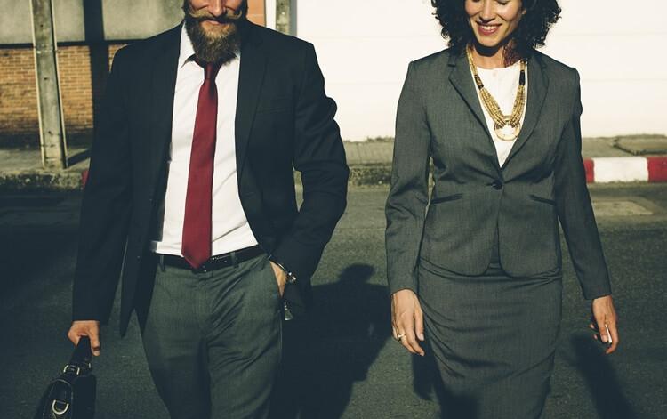 就活写真のネクタイは何色?おすすめの色・柄・結び方・注意点を解説!5