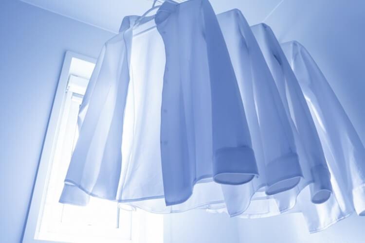 男性は婚活写真でどんなシャツを着るべき?シャツの選び方を詳しく解説