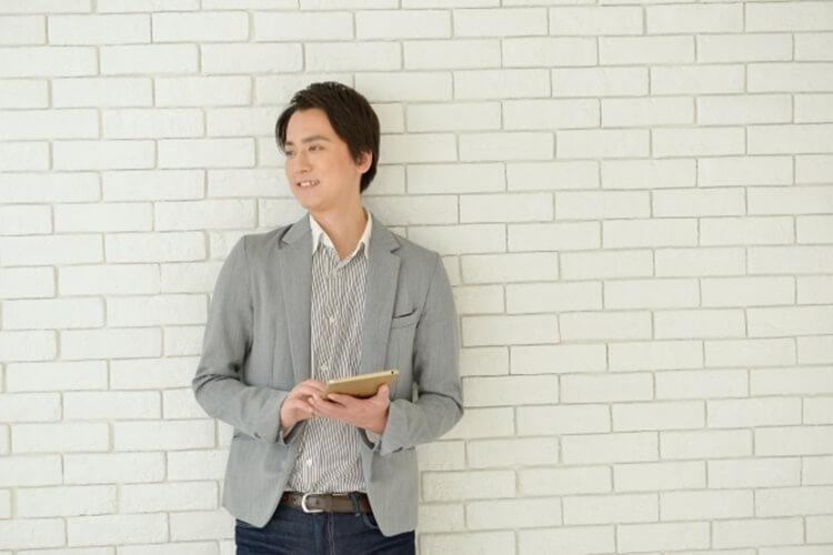 男性の婚活写真におすすめな服装『カジュアルスタイル』をプロが紹介9