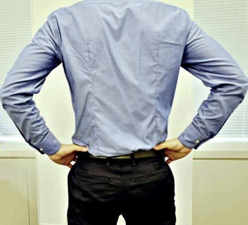 男性は婚活写真でどんなシャツを着るべき?シャツの選び方を詳しく解説8