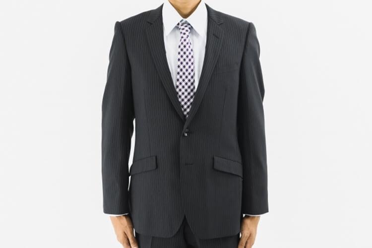 男性が婚活写真を撮る時の服装は?スーツの選び方を詳しく解説4