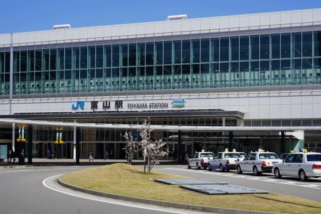 富山県でおすすめの就活写真が撮影できる写真スタジオ11選12