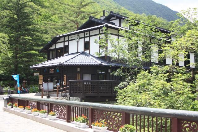 岩手県でおすすめの婚活写真が綺麗に撮れる写真スタジオ4選5