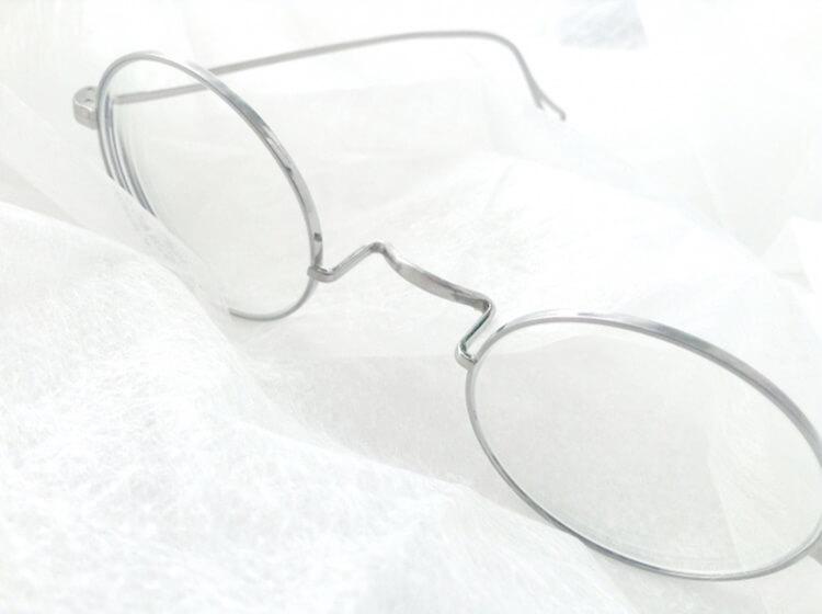 婚活写真にメガネ着用はNG?プロがおすすめの眼鏡も紹介!3