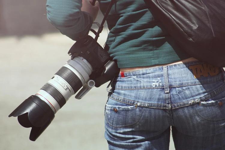 婚活写真は外で撮ると相手への印象良くなる?カメラマンが撮り方を解説1