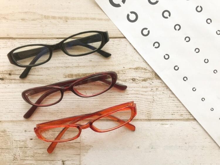 婚活写真にメガネ着用はNG?プロがおすすめの眼鏡も紹介!14