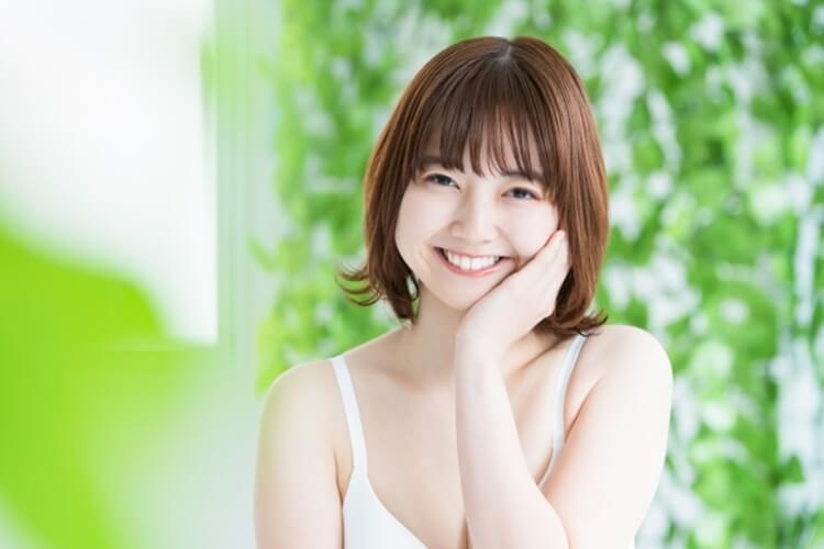 【女性向け】宣材写真の髪型は?ポイントやおすすめの髪型を紹介