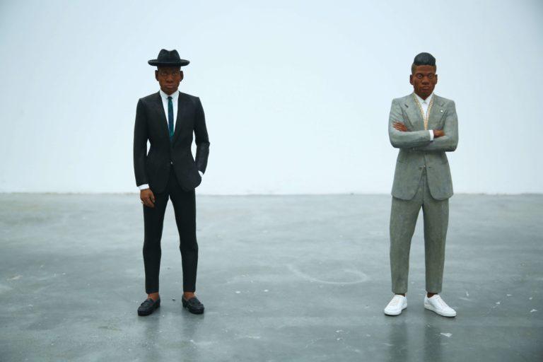 男性がビジネスプロフィール写真を撮るのに適したスーツは?選び方を解説7