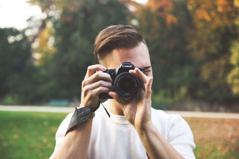 【女性の婚活写真】成功率を上げる戦略的な撮り方をプロが徹底解説6