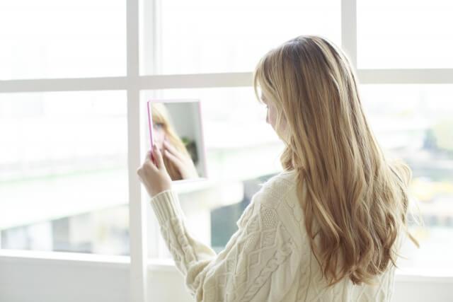 女性のビジネスプロフィール写真は髪型が重要!適した髪型を紹介1