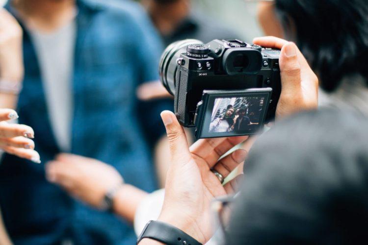 婚活写真もデータで使うのが主流の時代!データ化について解説12