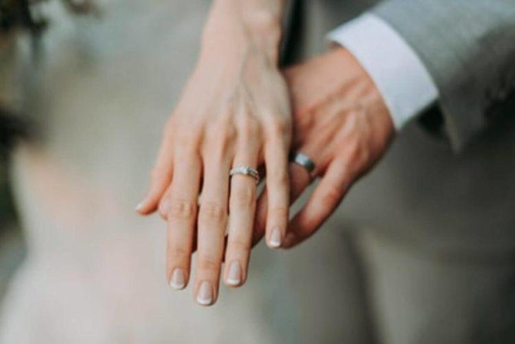 【女性の婚活写真】成功率を上げる戦略的な撮り方をプロが徹底解説4