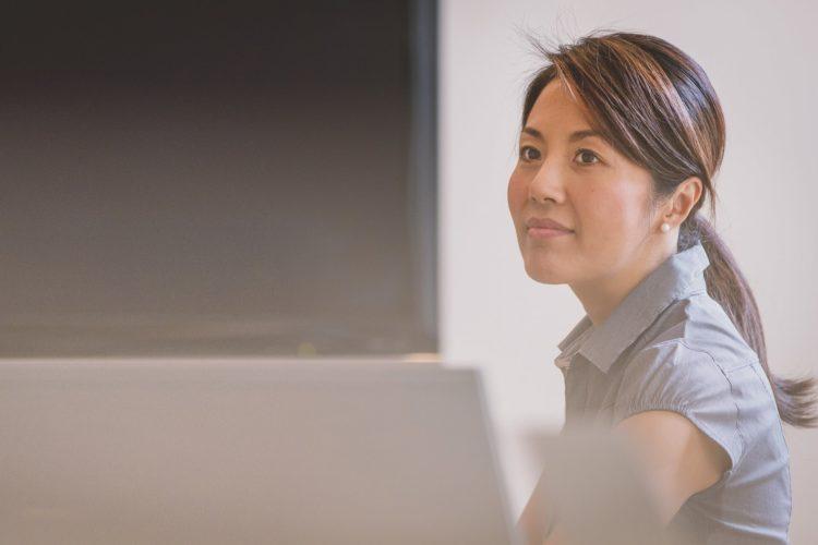 女性のビジネスプロフィール写真は髪型が重要!適した髪型を紹介4