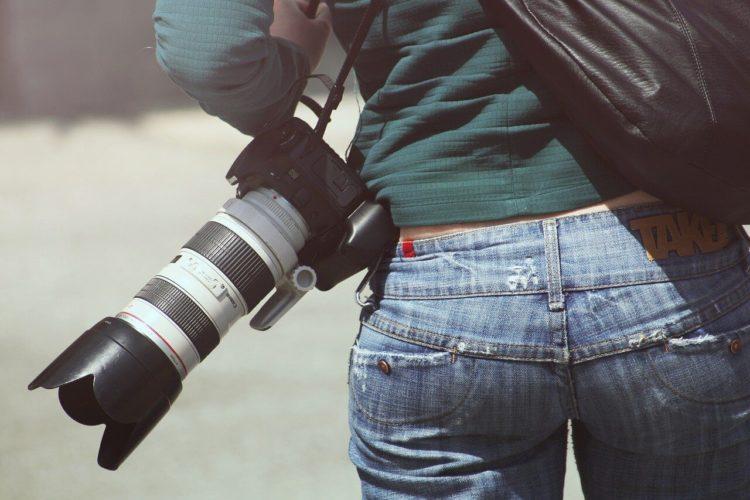撮り方で印象が変わる?就活証明写真の撮り方を男女別に解説!4