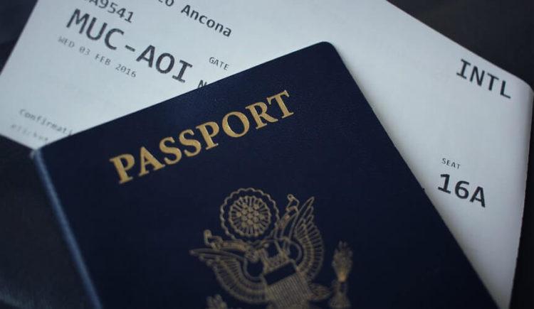 ピアスをつけてパスポート写真を撮影していい?ポイントや注意点を解説5