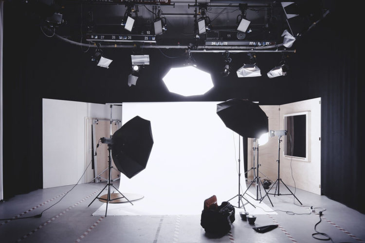 ビジネスプロフィール写真のチークメイクはどうする?アイテムの特徴も解説6