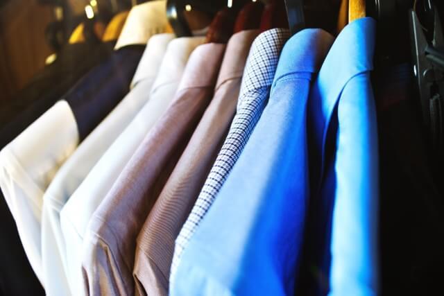 【男性向け】ビジネスプロフィール写真で着るべきシャツを紹介9