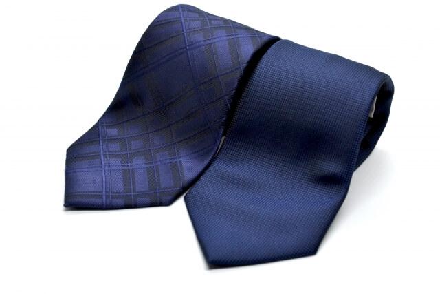 ビジネスプロフィール写真におすすめのネクタイや結び方を紹介16