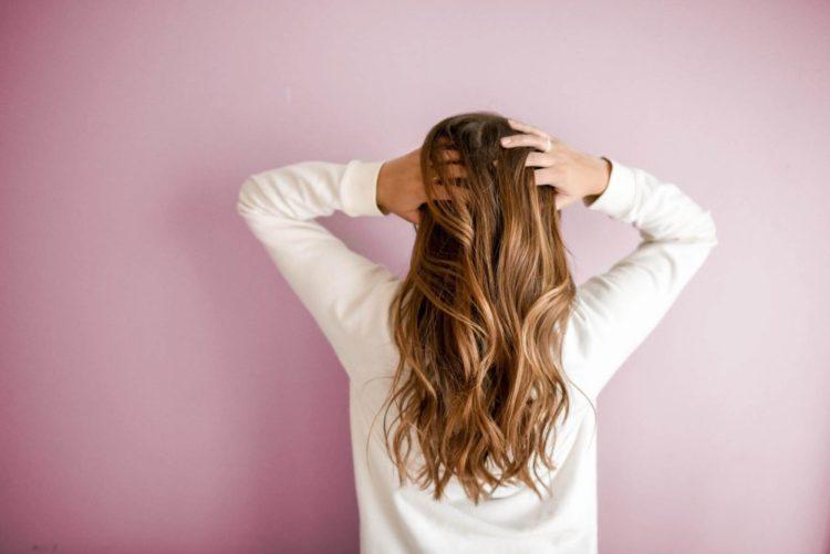 【女性の髪型】マイナンバー写真の規格やセットポイントを紹介2