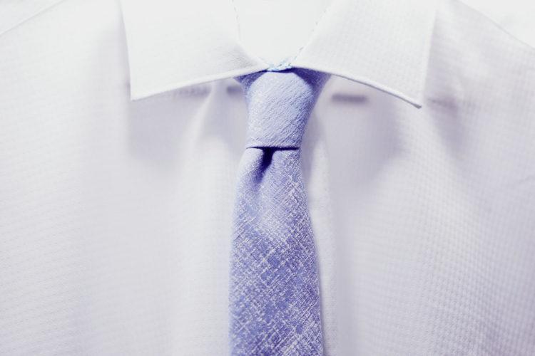 【男性向け】ビジネスプロフィール写真で着るべきシャツを紹介6
