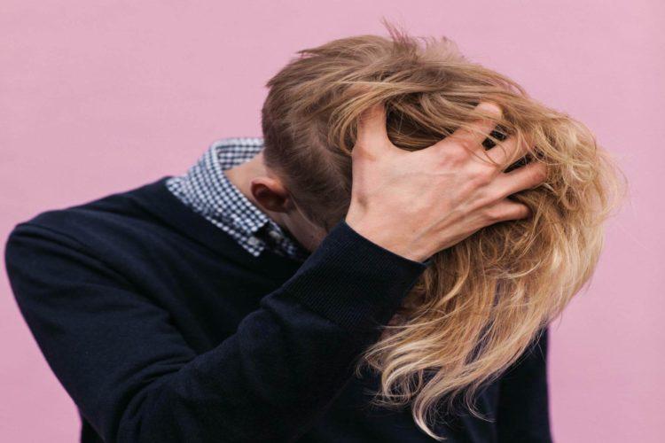 運転免許証写真の髪型【男性編】写真の規格や適した髪型とそのセット方法を紹介8