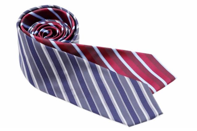 ビジネスプロフィール写真におすすめのネクタイや結び方を紹介9