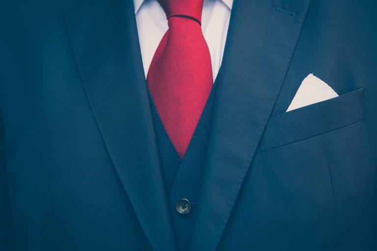 ビジネスプロフィール写真におすすめのネクタイや結び方を紹介19