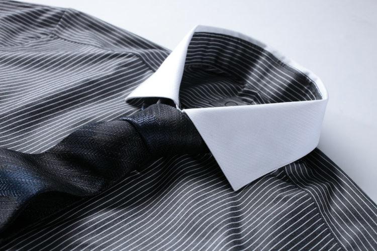 七五三写真でパパはネクタイ付けて!適した選び方やおすすめの結び方を紹介1