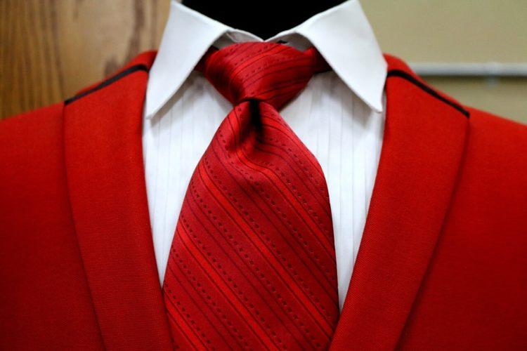 七五三写真でパパはネクタイ付けて!適した選び方やおすすめの結び方を紹介12