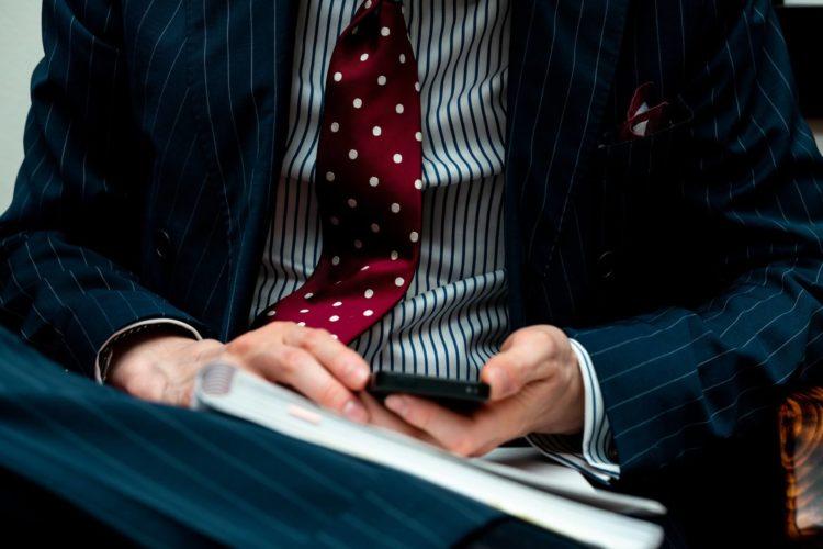 七五三写真で父親の服装はスーツが無難!選び方について解説4