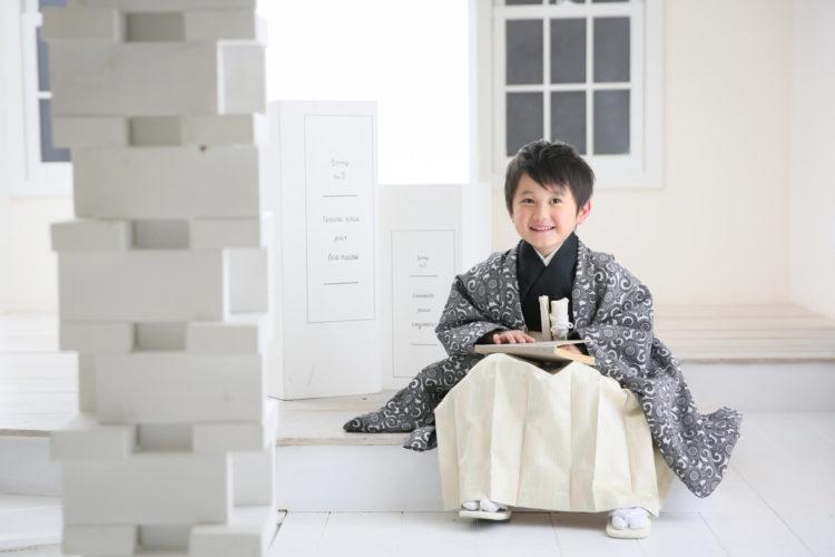 七五三写真の主役である子供にスーツはあり?選び方や解説1