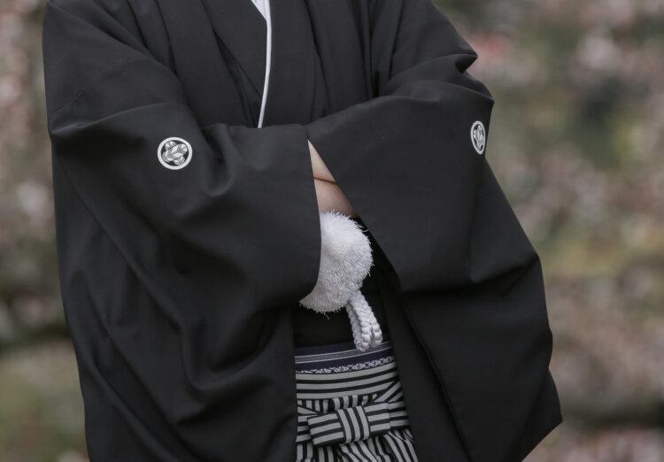 男は成人式写真には袴を着るべき?適した袴や撮影の注意点を紹介