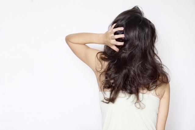 黒髪で成人式写真は地味?長さ別の黒髪すっきり髪型スタイルまとめ1
