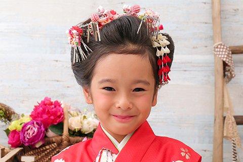 【七五三写真】3歳女の子のかわいい髪型とママでも簡単なお家でのセット方法8
