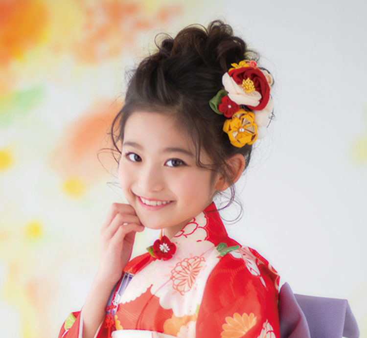 7歳女の子のおしゃれな七五三写真の髪型とセルフセット方法を長さ別に紹介13