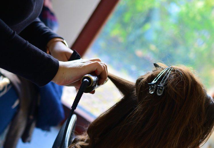 ロングの卒業袴写真におすすめの髪型とセルフセットのやり方&アレンジ8
