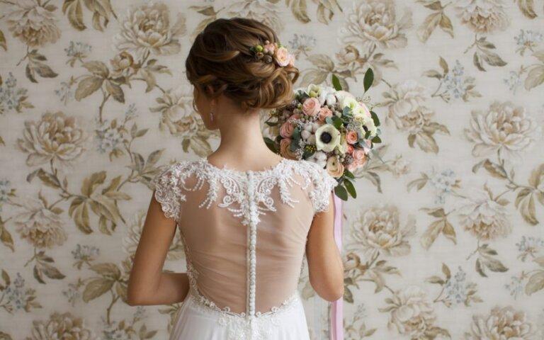 ミディアムの花嫁に人気のフォトウェディング髪型スタイル&髪飾り
