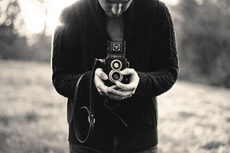 素人でも遺影写真を加工して作る方法をプロが解説!手順や注意点も紹介