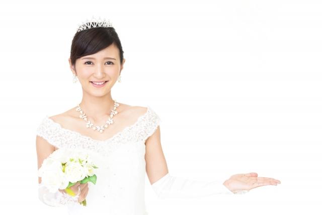 ミディアムの花嫁に人気のフォトウェディング髪型スタイル&髪飾り7