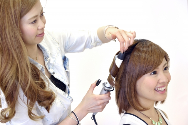 ミディアムの花嫁に人気のフォトウェディング髪型スタイル&髪飾り16
