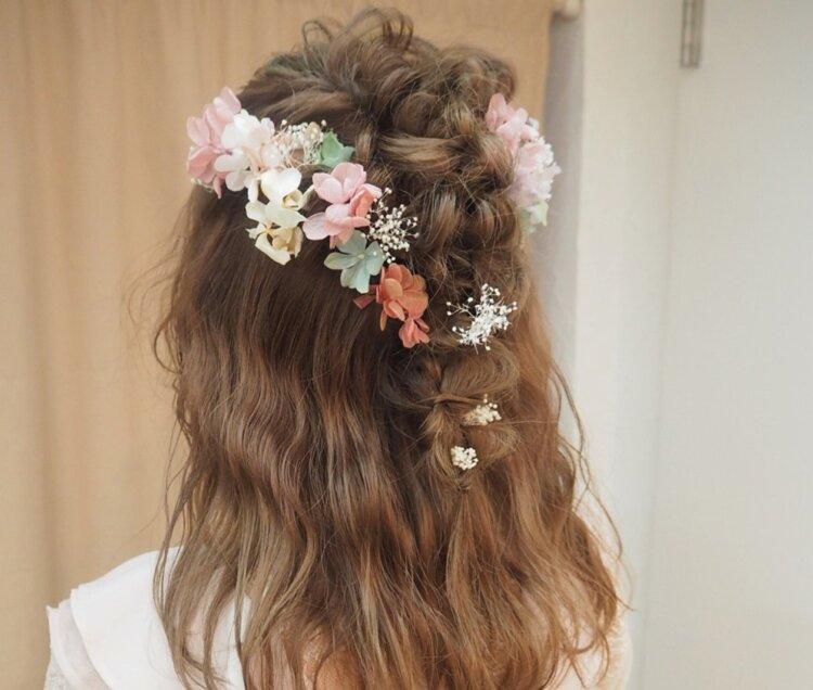 ミディアムの花嫁に人気のフォトウェディング髪型スタイル&髪飾り8