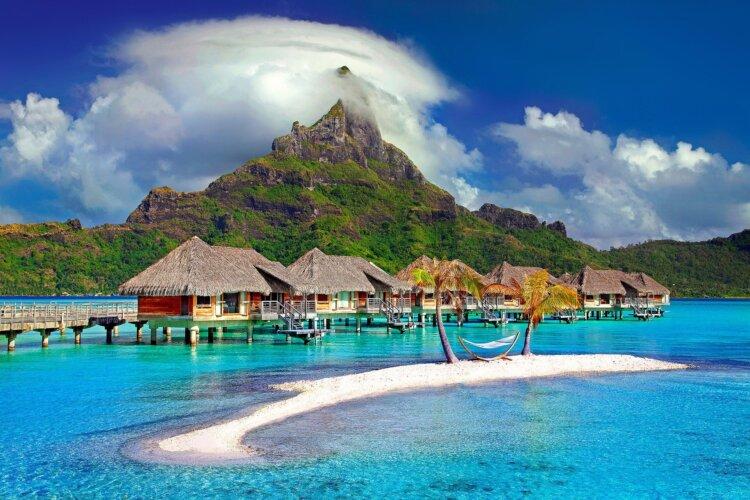 フォトウェディングは海がおしゃれ!国内・海外で人気の海の料金相場やベストシーズン14