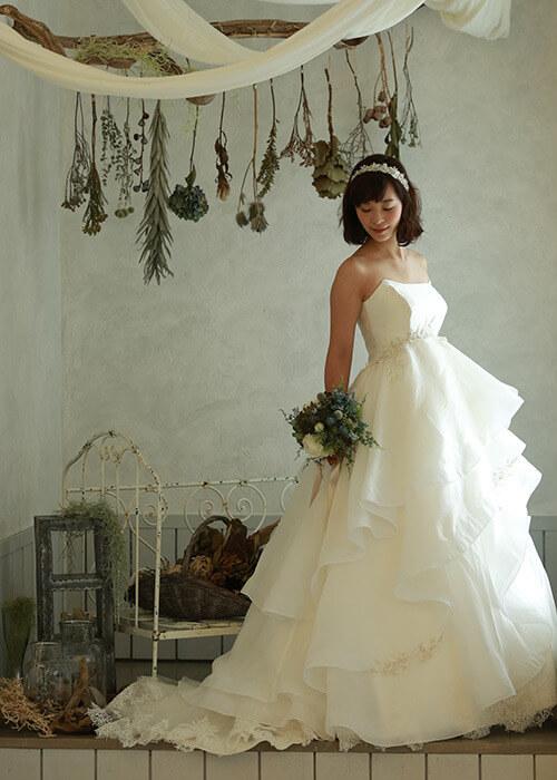 授かり婚カップルはウェディング&マタニティフォト|写真館の選び方やポーズや費用を紹介6